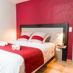 Chambre double avec terrasse hotel au bien etre villecroze